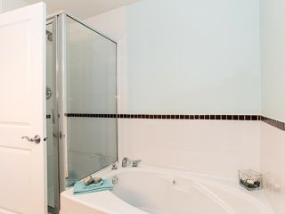 "Photo 13: 76 19932 70 Avenue in Langley: Willoughby Heights Townhouse for sale in ""Summerwood"" : MLS®# R2380626"