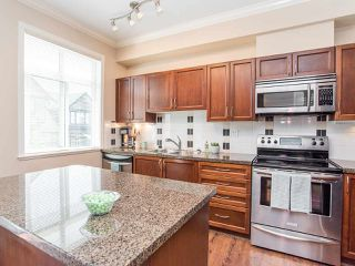 "Photo 8: 76 19932 70 Avenue in Langley: Willoughby Heights Townhouse for sale in ""Summerwood"" : MLS®# R2380626"