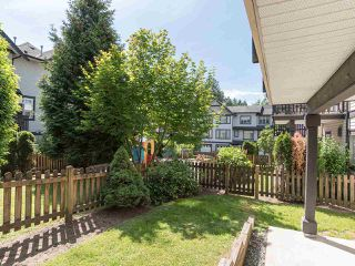 "Photo 3: 76 19932 70 Avenue in Langley: Willoughby Heights Townhouse for sale in ""Summerwood"" : MLS®# R2380626"
