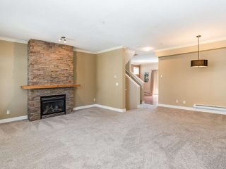 "Photo 4: 76 19932 70 Avenue in Langley: Willoughby Heights Townhouse for sale in ""Summerwood"" : MLS®# R2380626"