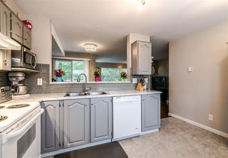 """Photo 8: 77 2450 HAWTHORNE Avenue in Port Coquitlam: Central Pt Coquitlam Townhouse for sale in """"Country Park Estates"""" : MLS®# R2397247"""