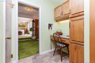 Photo 10: 4931 Old West Saanich Rd in VICTORIA: SW Royal Oak House for sale (Saanich West)  : MLS®# 831588