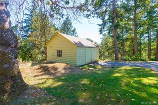 Photo 33: 4931 Old West Saanich Rd in VICTORIA: SW Royal Oak House for sale (Saanich West)  : MLS®# 831588