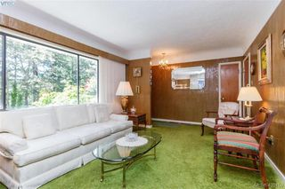 Photo 6: 4931 Old West Saanich Rd in VICTORIA: SW Royal Oak House for sale (Saanich West)  : MLS®# 831588
