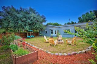 Photo 1: VISTA House for sale : 4 bedrooms : 838 Phillips
