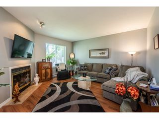"Photo 5: 9 12940 17 Avenue in Surrey: Crescent Bch Ocean Pk. Townhouse for sale in ""OCEAN PARK VILLAGE"" (South Surrey White Rock)  : MLS®# R2456456"