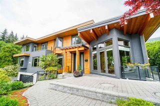"Main Photo: 572 GRANADA Crescent in North Vancouver: Upper Delbrook House for sale in ""Upper Delbrook"" : MLS®# R2458959"