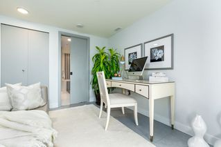 """Photo 10: 803 718 MAIN Street in Vancouver: Strathcona Condo for sale in """"GINGER"""" (Vancouver East)  : MLS®# R2464715"""