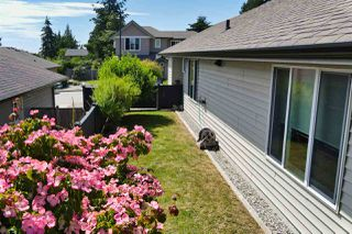 "Photo 6: 5652 ANDRES Road in Sechelt: Sechelt District House for sale in ""TYLER HEIGHTS"" (Sunshine Coast)  : MLS®# R2470752"