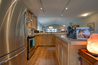 "Photo 8: 5652 ANDRES Road in Sechelt: Sechelt District House for sale in ""TYLER HEIGHTS"" (Sunshine Coast)  : MLS®# R2470752"