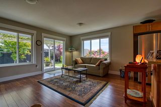 "Photo 12: 5652 ANDRES Road in Sechelt: Sechelt District House for sale in ""TYLER HEIGHTS"" (Sunshine Coast)  : MLS®# R2470752"