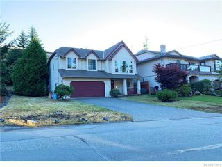Photo 11: 2402 Selwyn Rd in Langford: La Thetis Heights Single Family Detached for sale : MLS®# 843893