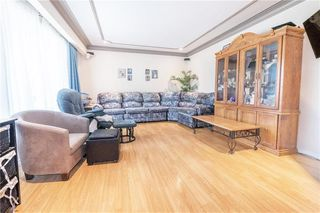 Photo 3: 997 McCalman Avenue in Winnipeg: Residential for sale (3B)  : MLS®# 202020756
