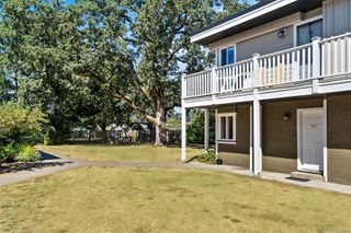 Photo 3: 101 636 Granderson Rd in : La Fairway Condo Apartment for sale (Langford)  : MLS®# 851045