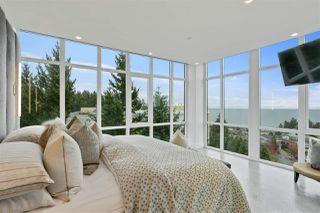 Photo 17: 902 14824 NORTH BLUFF Road: White Rock Condo for sale (South Surrey White Rock)  : MLS®# R2510554