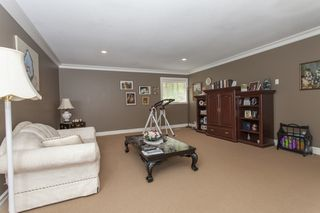 Photo 16: 1823 136A Street in South Surrey: Home for sale : MLS®# F1440476