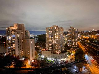 Photo 18: 1902 1245 QUAYSIDE Drive in New Westminster: Quay Condo for sale : MLS®# R2522731