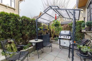 """Photo 11: 5338 OAK Street in Vancouver: Cambie Townhouse for sale in """"HAMLIN MEWS"""" (Vancouver West)  : MLS®# R2528197"""