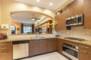 """Photo 9: 5338 OAK Street in Vancouver: Cambie Townhouse for sale in """"HAMLIN MEWS"""" (Vancouver West)  : MLS®# R2528197"""
