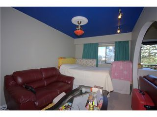 """Photo 4: 304 5155 IMPERIAL Street in Burnaby: Metrotown Condo for sale in """"ROYAL OAK APARTMENTS"""" (Burnaby South)  : MLS®# V880102"""