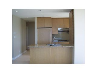 "Photo 5: 901 1333 W 11TH Avenue in Vancouver: Fairview VW Condo for sale in ""SAKURA"" (Vancouver West)  : MLS®# V885344"