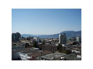"Photo 2: 901 1333 W 11TH Avenue in Vancouver: Fairview VW Condo for sale in ""SAKURA"" (Vancouver West)  : MLS®# V885344"