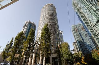 "Photo 2: 2803 1200 ALBERNI Street in Vancouver: West End VW Condo for sale in ""THE PALISADES"" (Vancouver West)  : MLS®# V915150"