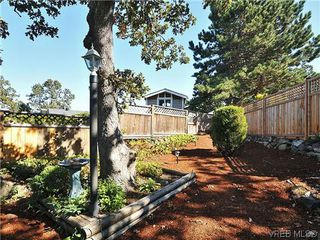 Photo 19: 1213 Cumberland Court in VICTORIA: SE Lake Hill Residential for sale (Saanich East)  : MLS®# 314956