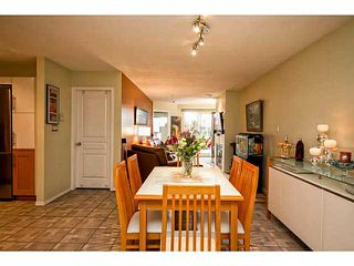 "Photo 8: 202 760 KINGSWAY in Vancouver: Fraser VE Condo for sale in ""Kingsgate Manor"" (Vancouver East)  : MLS®# V1035809"