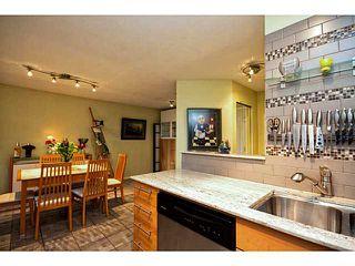 "Photo 4: 202 760 KINGSWAY in Vancouver: Fraser VE Condo for sale in ""Kingsgate Manor"" (Vancouver East)  : MLS®# V1035809"