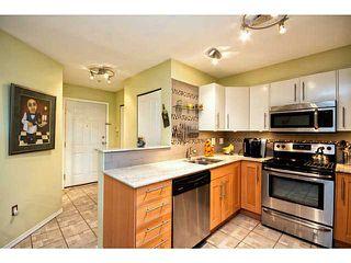 "Photo 2: 202 760 KINGSWAY in Vancouver: Fraser VE Condo for sale in ""Kingsgate Manor"" (Vancouver East)  : MLS®# V1035809"