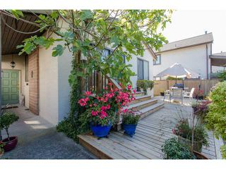 "Photo 1: 5 11291 7TH Avenue in Richmond: Steveston Villlage Townhouse for sale in ""MARINER'S VILLAGE"" : MLS®# V1084795"