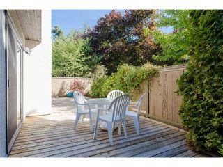 "Photo 12: 5 11291 7TH Avenue in Richmond: Steveston Villlage Townhouse for sale in ""MARINER'S VILLAGE"" : MLS®# V1084795"