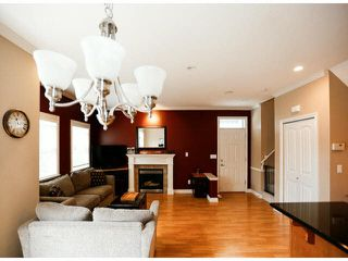 "Photo 9: 4 6919 180TH Street in Surrey: Cloverdale BC Townhouse for sale in ""PROVIDENCE"" (Cloverdale)  : MLS®# F1423777"