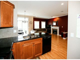 "Photo 11: 4 6919 180TH Street in Surrey: Cloverdale BC Townhouse for sale in ""PROVIDENCE"" (Cloverdale)  : MLS®# F1423777"