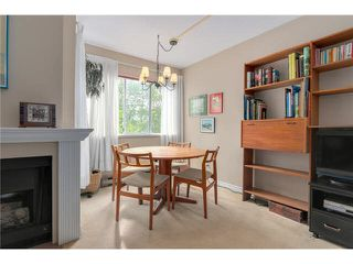 """Photo 3: 3023 WILLOW Street in Vancouver: Fairview VW Townhouse for sale in """"Willow West"""" (Vancouver West)  : MLS®# V1089484"""