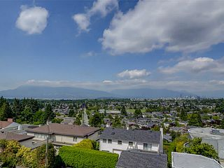 Main Photo: 2701 W 30TH Avenue in Vancouver: MacKenzie Heights House for sale (Vancouver West)  : MLS®# V1102552