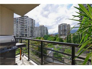 "Photo 10: 406 124 W 1ST Street in North Vancouver: Lower Lonsdale Condo for sale in ""THE Q"" : MLS®# V1103979"
