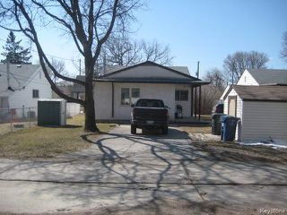 Photo 19: 693 Martin Avenue in WINNIPEG: East Kildonan Residential for sale (North East Winnipeg)  : MLS®# 1507835