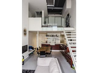 "Photo 2: 402 272 E 4TH Avenue in Vancouver: Mount Pleasant VE Condo for sale in ""THE MECCA"" (Vancouver East)  : MLS®# V1119565"