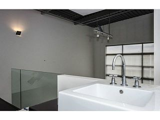 "Photo 10: 402 272 E 4TH Avenue in Vancouver: Mount Pleasant VE Condo for sale in ""THE MECCA"" (Vancouver East)  : MLS®# V1119565"