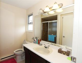 Photo 10: 6320 DAKOTA Drive in Richmond: Woodwards House for sale : MLS®# R2070669