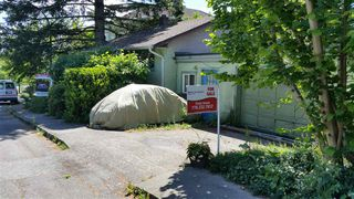 Photo 4: 212 MOWAT Street in New Westminster: Uptown NW House for sale : MLS®# R2080894