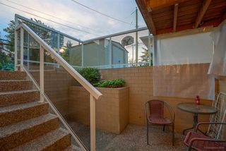 "Photo 14: 225 E 36TH Avenue in Vancouver: Main House for sale in ""MAIN"" (Vancouver East)  : MLS®# R2082784"