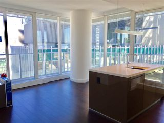 """Photo 4: 2106 777 RICHARDS Street in Vancouver: Downtown VW Condo for sale in """"TELUS GARDEN"""" (Vancouver West)  : MLS®# R2114669"""