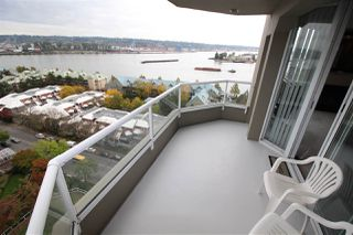 "Photo 19: 1607 1135 QUAYSIDE Drive in New Westminster: Quay Condo for sale in ""ANCHOR POINTE"" : MLS®# R2115931"