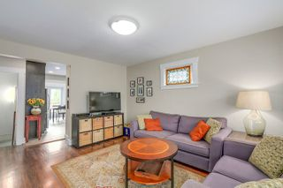 Photo 2: 5138 CHESTER Street in Vancouver: Fraser VE House for sale (Vancouver East)  : MLS®# R2119853