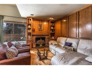 Photo 18: 119 WOODFERN Place SW in Calgary: Woodbine House for sale : MLS®# C4101759