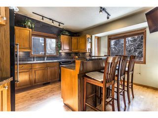 Photo 11: 119 WOODFERN Place SW in Calgary: Woodbine House for sale : MLS®# C4101759