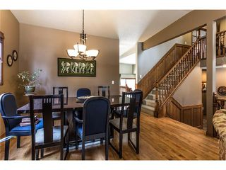 Photo 5: 119 WOODFERN Place SW in Calgary: Woodbine House for sale : MLS®# C4101759